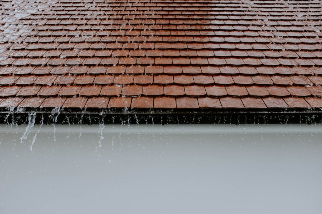 How Can I Effectively Repair My Roof?